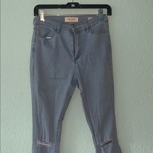 DISTRESSED LIGHT WASH PACSUN JEANS